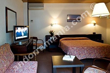 Hotel les closes andorra escaldes engordany h tel les for Habitaciones familiares andorra